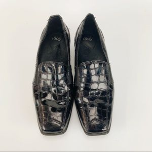 1803 Ladies Black Patten Leather Slip On's